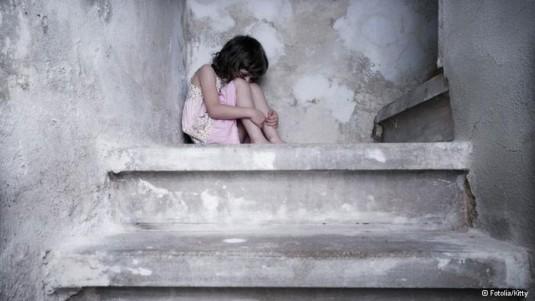 فرزند خوانده,خودکشي,حاجي بازاري,واقعيت